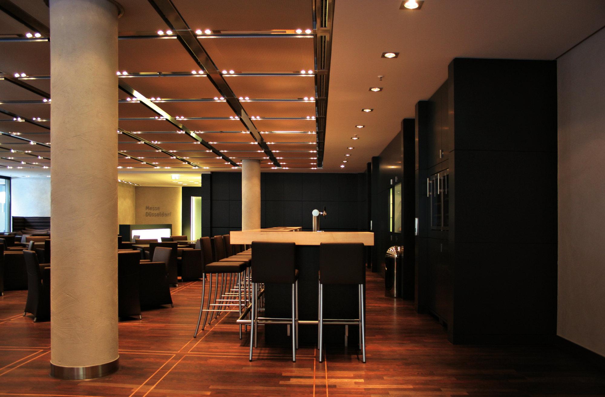 vip g steclub messe d sseldorf legno werkst tte f r. Black Bedroom Furniture Sets. Home Design Ideas